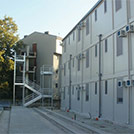 Three-story accommodation compounds for building sites - Modules Series 2000
